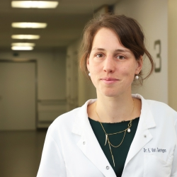 Voorstelling dr. Eva Van Caenegem