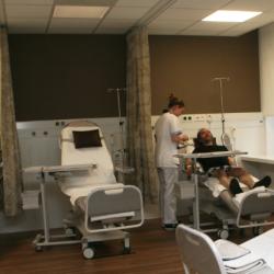 Onderzoek en behandeling van de kransslagaders: de dienst cardiologie ontvangt je in de gloednieuwe 'lounge'